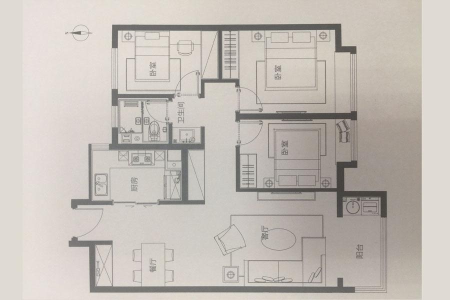 105平米三室B户型